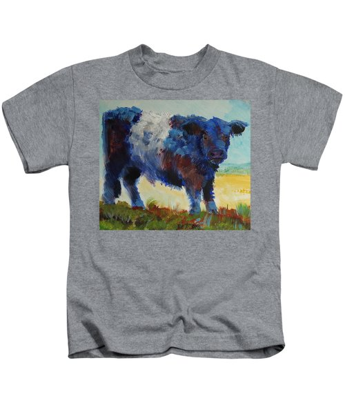 Fluffy Shaggy Belted Galloway Cow - Cow With A White Stripe Kids T-Shirt