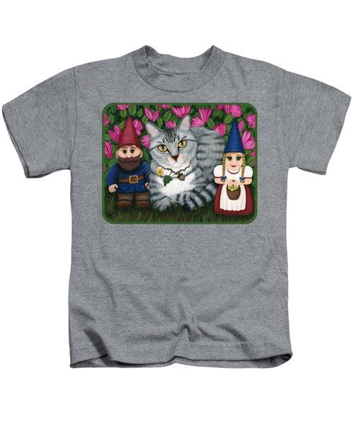 Garden Friends - Tabby Cat And Gnomes Kids T-Shirt