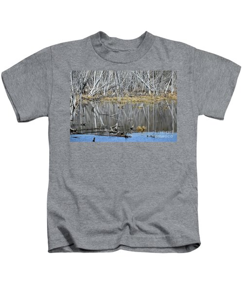 Goose Among The Reflections Kids T-Shirt