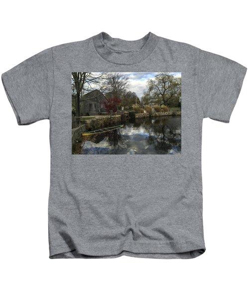 Grist Mill Sandwich Massachusetts Kids T-Shirt