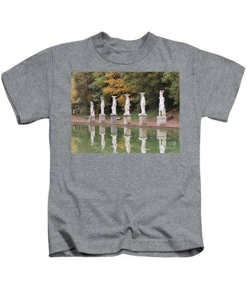 Hadrian's Villa 4 Kids T-Shirt