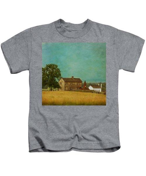Henry House At Manassas Battlefield Park Kids T-Shirt