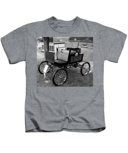 Horseless Carriage-bw Kids T-Shirt