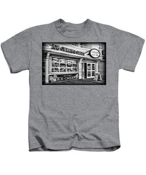 Ice Cream And Candy Shop At The Boardwalk - Jersey Shore Kids T-Shirt
