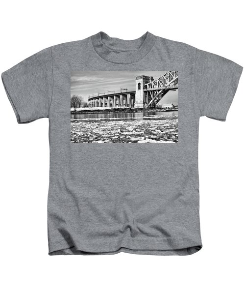 Ice Flows On The East River Kids T-Shirt