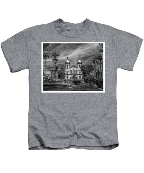 Igreja Da Matriz- Vassouras-rj Kids T-Shirt