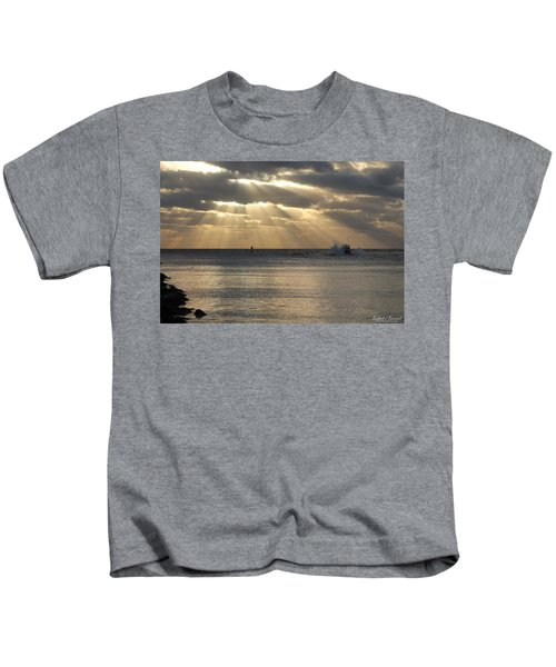 Into Dawn's Early Rays Kids T-Shirt