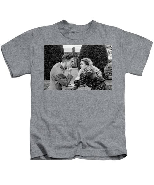 It's In The Eyes Bw Kids T-Shirt