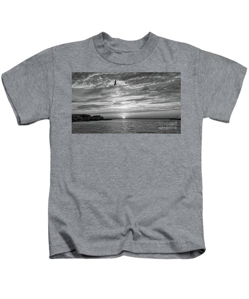 Jersey Shore Sunset In Black And White Kids T-Shirt