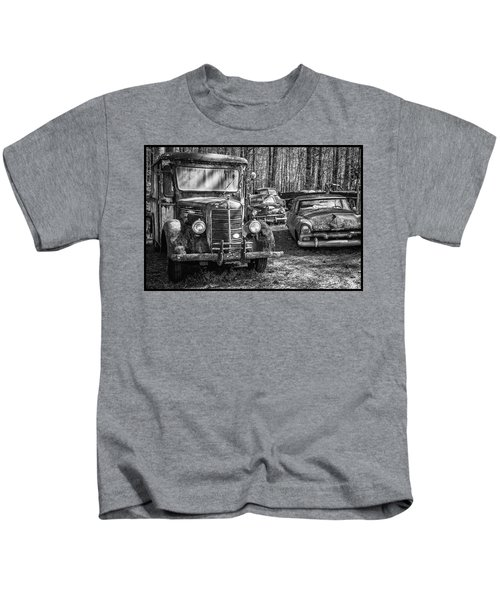 Junked Mack Truck Ad Old Plymouth Kids T-Shirt
