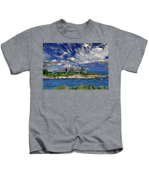 Kennebunkport, Maine - Walker's Point Kids T-Shirt by Russ Harris