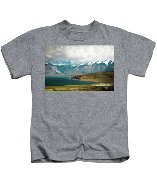 Lake Manasarovar Kailas Yantra.lv Tibet Kids T-Shirt