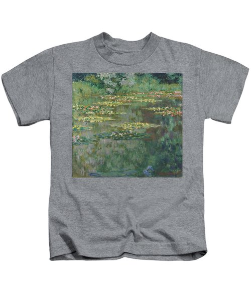 Le Bassin Des Nympheas 1904 Kids T-Shirt
