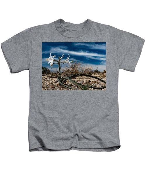 Life Amoung The Weeds Kids T-Shirt