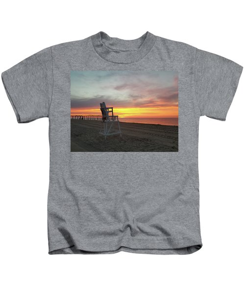 Lifeguard Stand On The Beach At Sunrise Kids T-Shirt