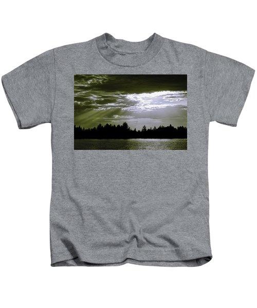 Light Blast In Evening Kids T-Shirt