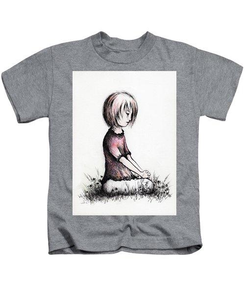Little Girls Prayer Kids T-Shirt