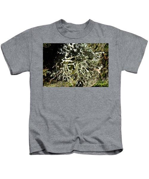 Little Labyrinth Kids T-Shirt