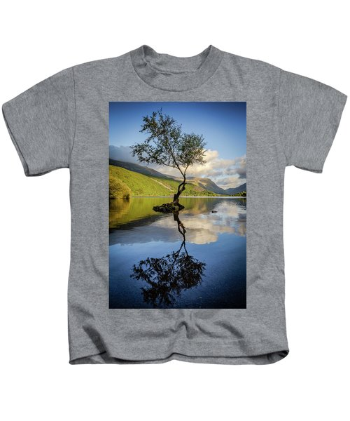 Lone Tree, Llyn Padarn Kids T-Shirt