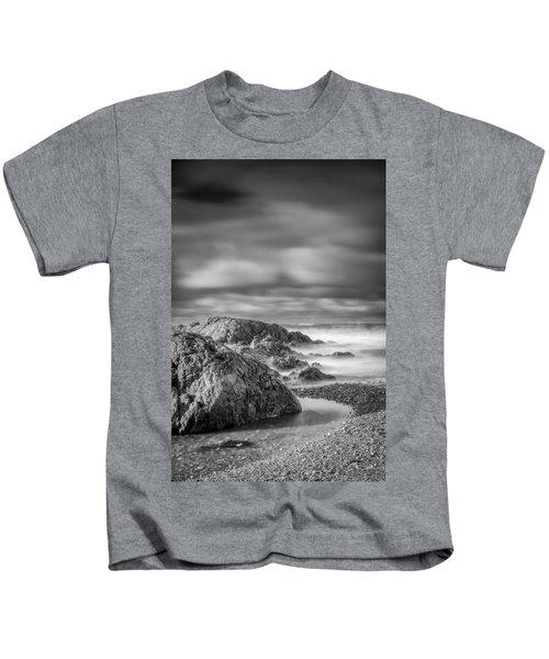 Long Exposure Of A Shingle Beach And Rocks Kids T-Shirt