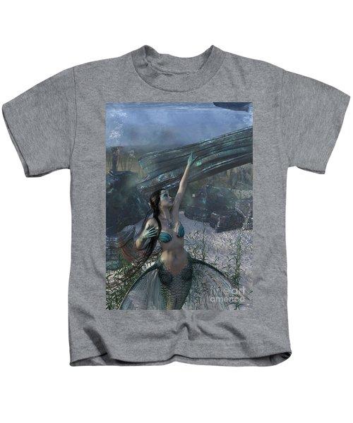 Longing For Land Kids T-Shirt