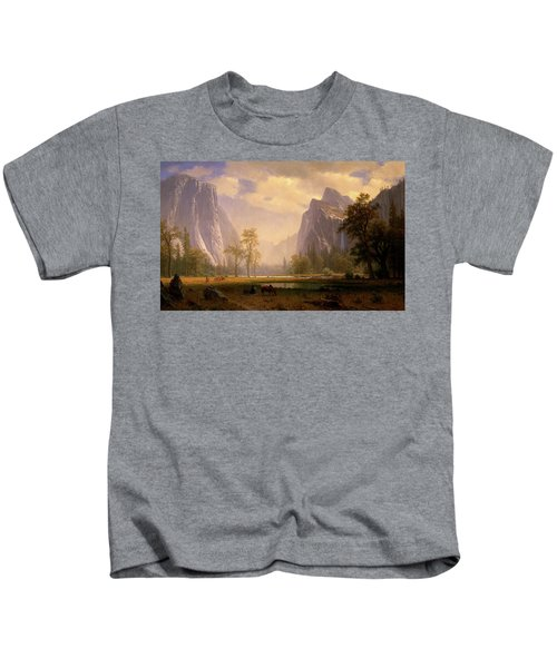 Looking Up The Yosemite Valley  Kids T-Shirt