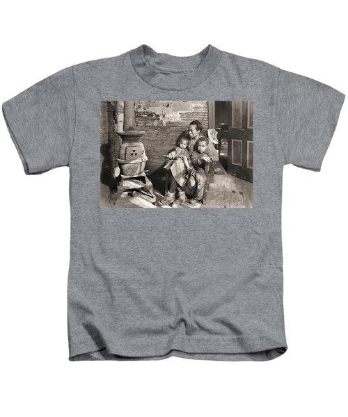 March 1937 Scott's Run, West Virginia Johnson Family. Kids T-Shirt