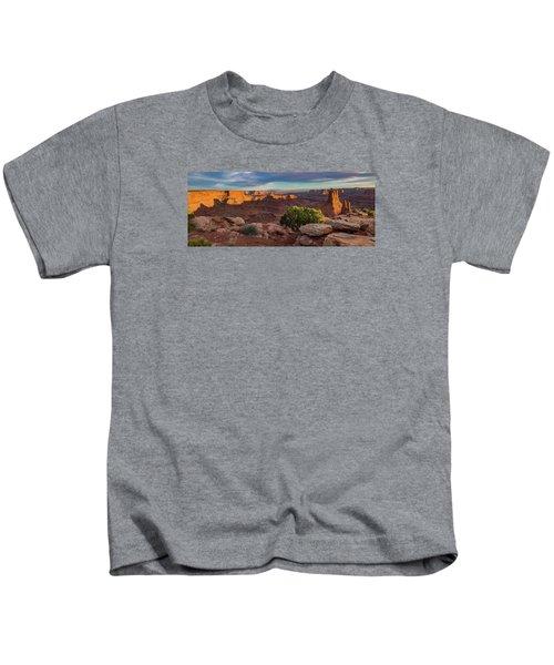 Marlboro Point Sunset Panorama Kids T-Shirt