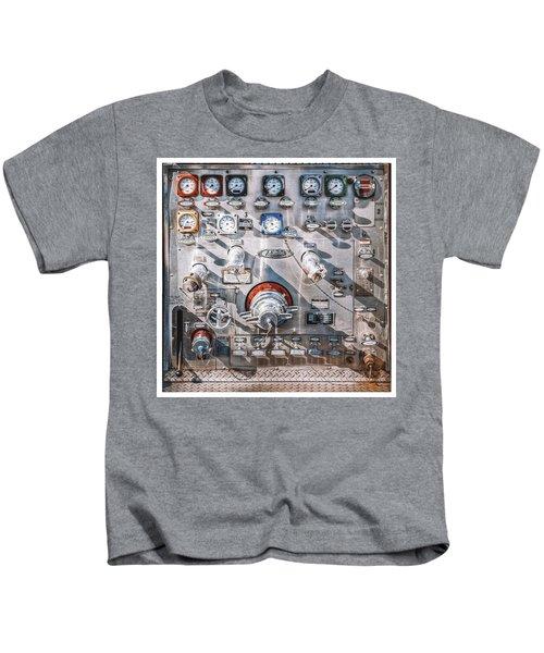 Milwaukee Fire Department Engine 27 Kids T-Shirt