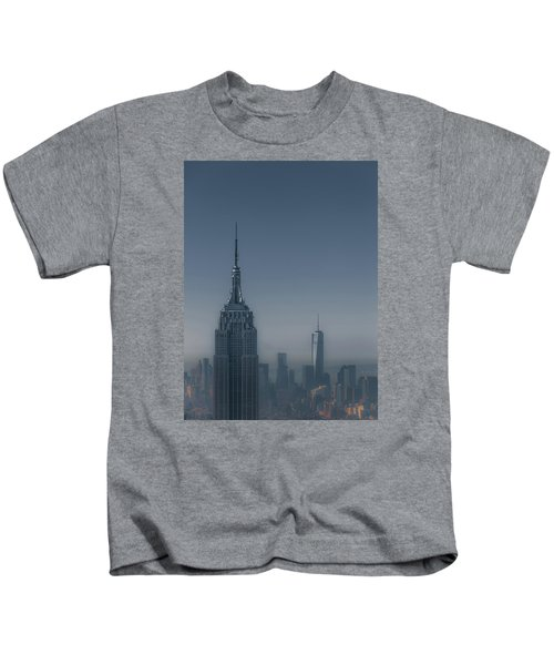 Morning In New York Kids T-Shirt by Chris Fletcher