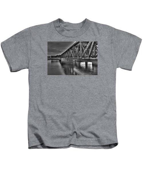 Newburyport Train Trestle Bw Kids T-Shirt