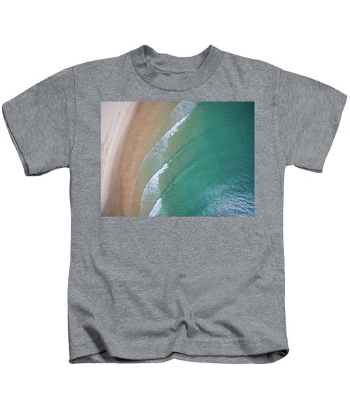 Ocean Waves Upon The Beach Kids T-Shirt