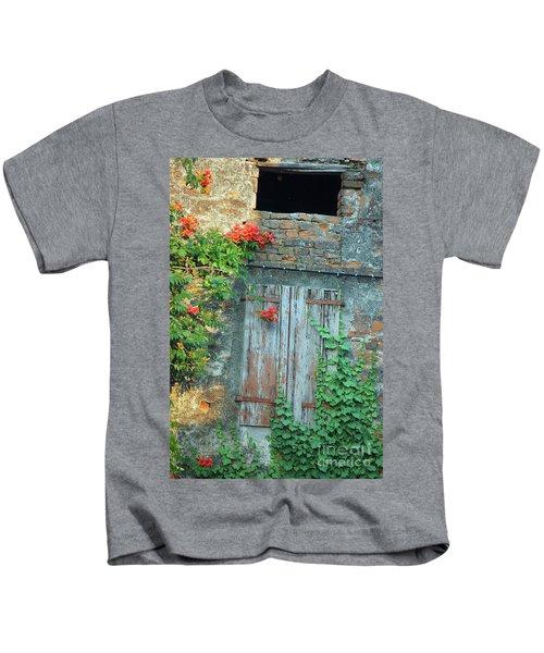 Old Farm Door Kids T-Shirt