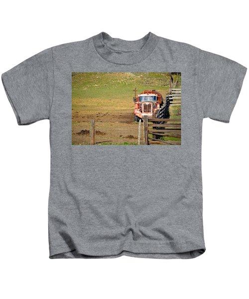 Old Pump Truck Kids T-Shirt
