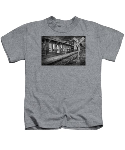 Old Train Station With Crossing Sign In Black And White Kids T-Shirt