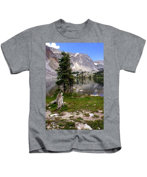 On The Snowy Mountain Loop Kids T-Shirt