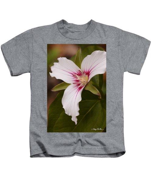 Painted Trillium II Kids T-Shirt