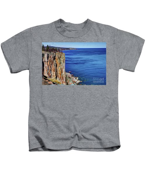 Palisade Head Tettegouche State Park North Shore Lake Superior Mn Kids T-Shirt