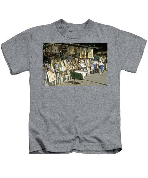 Paris Bookseller Stall Kids T-Shirt