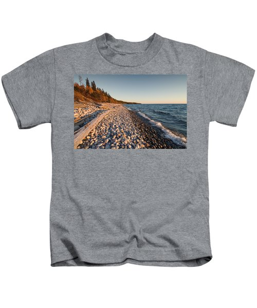 Pebble Beach Autumn    Kids T-Shirt