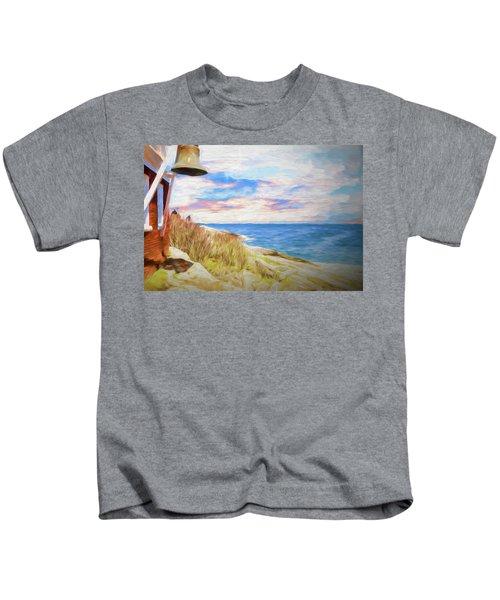 Pemaquid Lighthouse Bell On Maine Rocky Coast. Kids T-Shirt