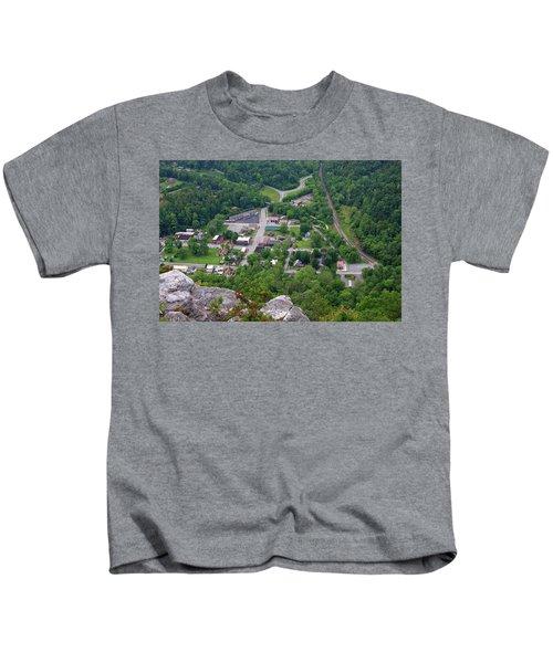 Pinnacle Overlook In Kentucky Kids T-Shirt