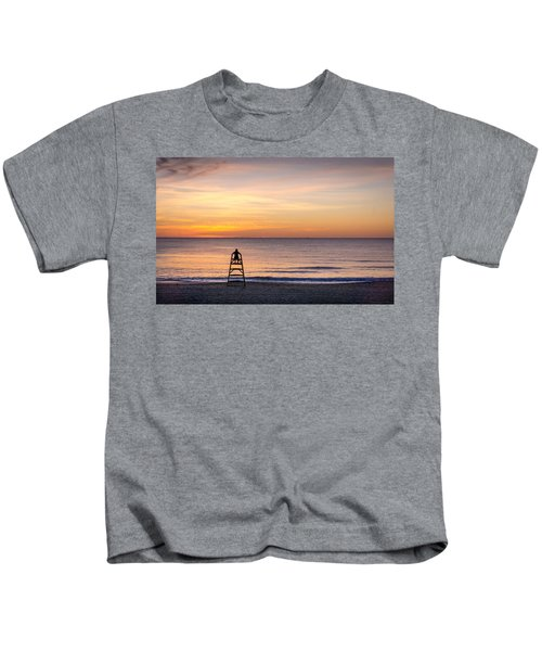 Prime Position. Kids T-Shirt