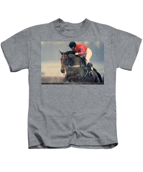 Princess Anne Riding Cnoc Na Cuille At Kempten Park Kids T-Shirt