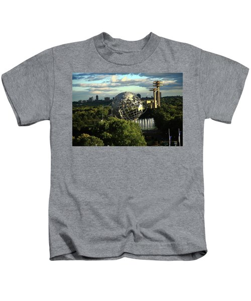 Queens New York City - Unisphere Kids T-Shirt