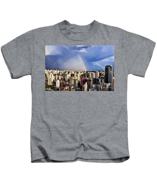 Rainbow Over City Skyline - Sao Paulo Kids T-Shirt