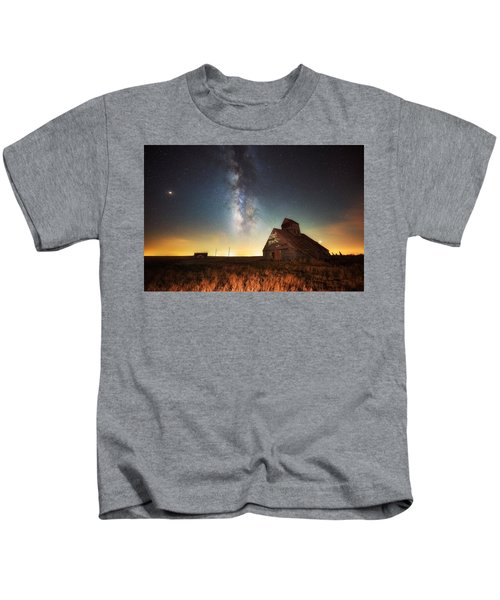Rattlesnake Silo Barn Kids T-Shirt