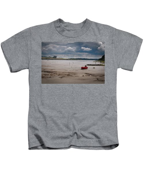 Red Boat On The Mud Kids T-Shirt