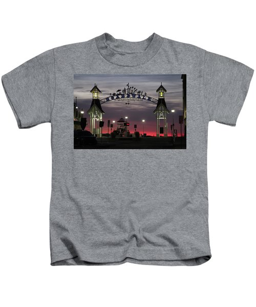 Red Horizon Thru The Boardwalk Arch Kids T-Shirt