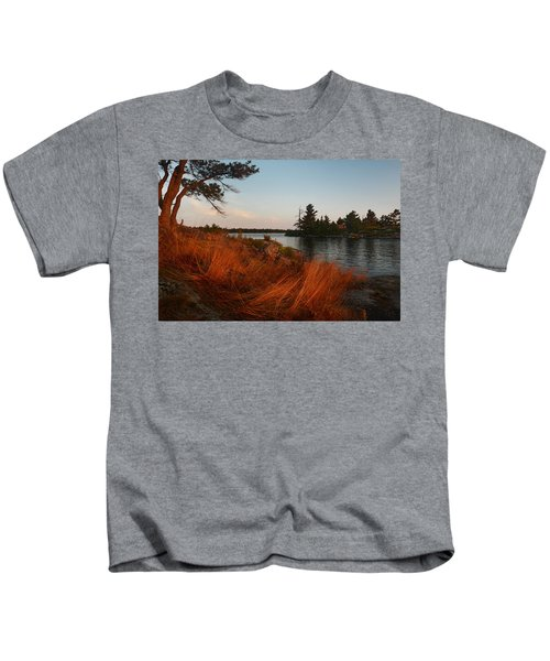 Red Wild Grass Georgian Bay Kids T-Shirt